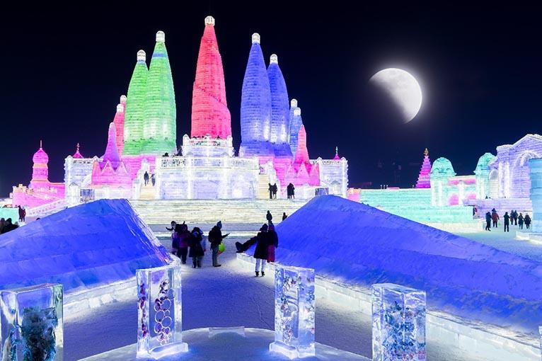 去哈尔滨冰雪大世界_哈尔滨冰雪大世界